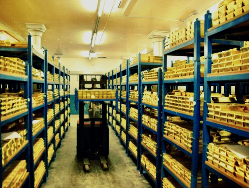 A Chink of Light into London's Gold Vaults? - Ronan Manly