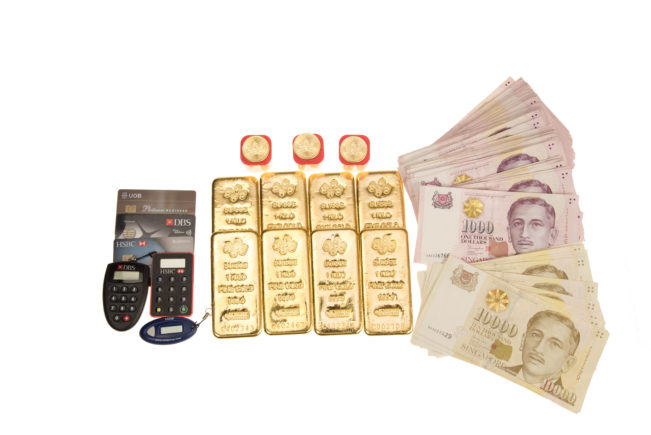 BullionStar accepts cash payment, including the SGD 10,000 for bullion purchases